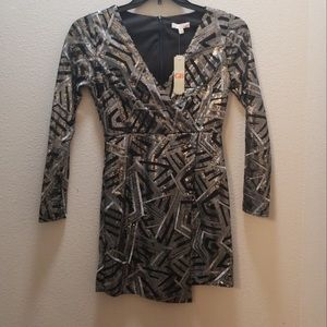 NWT XS Sequin dress